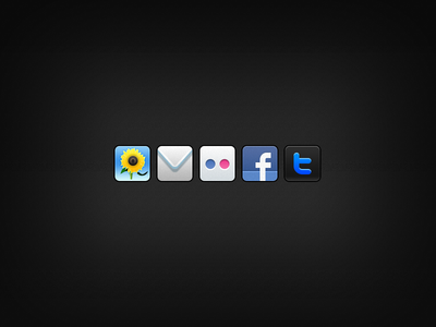Sharing Icons for an iPhone App (@2x)