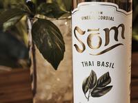 Som bottle thai basil with cocktail