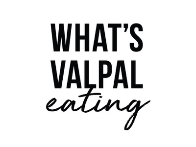 Personal Logo font eating design blackandwhite foodlogo bloglogo blog logodesigner logodesign logo