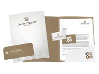 Laurapowers logo 4