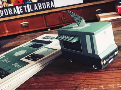 Papertruck 01