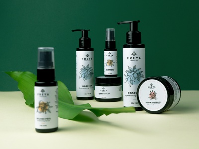 Freya Organics Packaging leaf cleanser orange nature beauty organics cosmetics packaging brand identity branding brand logo
