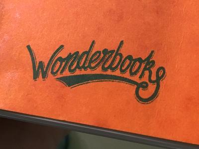 Wonderbooks Logo