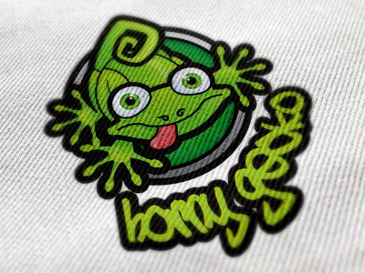 Horny gecko 400x300