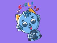 Technological kitten. Very cool! / Leopoldo